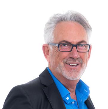 Dr. Kurt Mennel